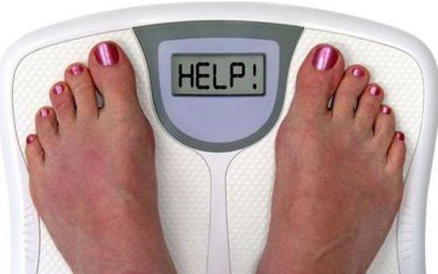 Come purificarsi dopo gli eccessi delle feste Durante le feste si può ingrassare dai 5 ai 7 chili e si arrivano ad assumere oltre 10 mila calorie