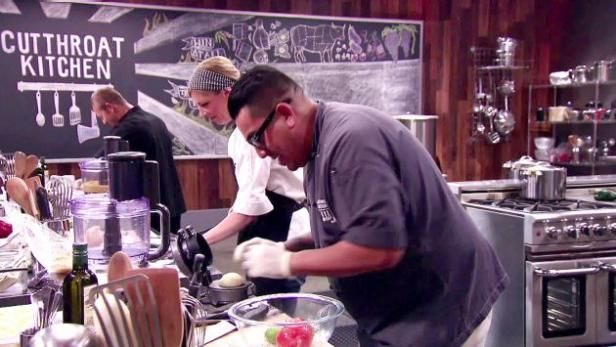 Watch Cutthroat Kitchen: Full Episodes from Food Network