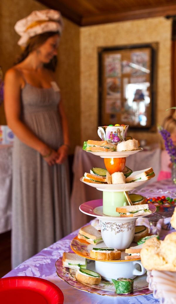 17 best images about mad hatter tea party on pinterest - Mad hatter tea party decoration ideas ...