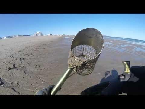 Metal Detecting Hampton Beach, NH 3/19/2016 XP Deus