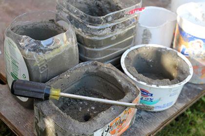 Zelf betonnen potten maken, gelezen in tuinieren