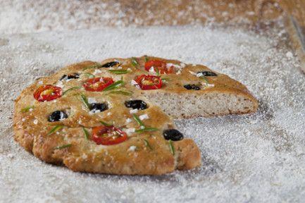 Focaccia // Gluteeniton focaccia-leipä on italialainen herkku, joka vie kielen mennessään! #focaccia #gluteeniton #provena http://www.provena.fi/fi/resepti/-/p/focaccia?reid=137249
