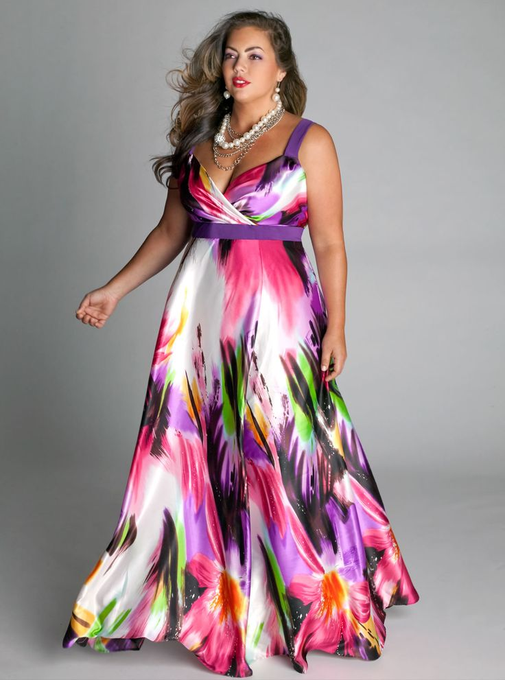 Drifting floral dresses in plus sizes