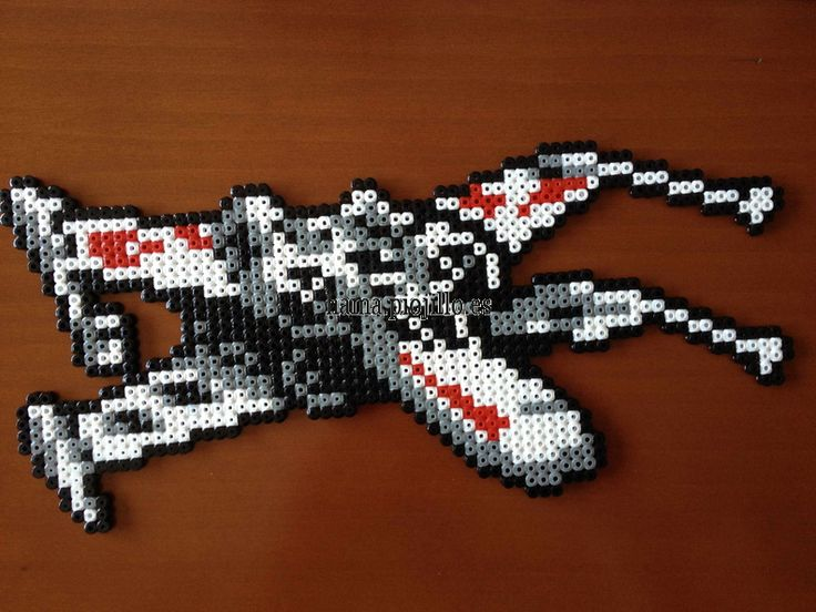 X-Wing Star Wars  hama beads - Las cosas de Hama de Ana y Santi