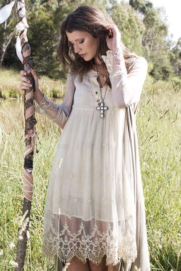 25  best ideas about Lace trim dresses on Pinterest | Lace trim, T ...