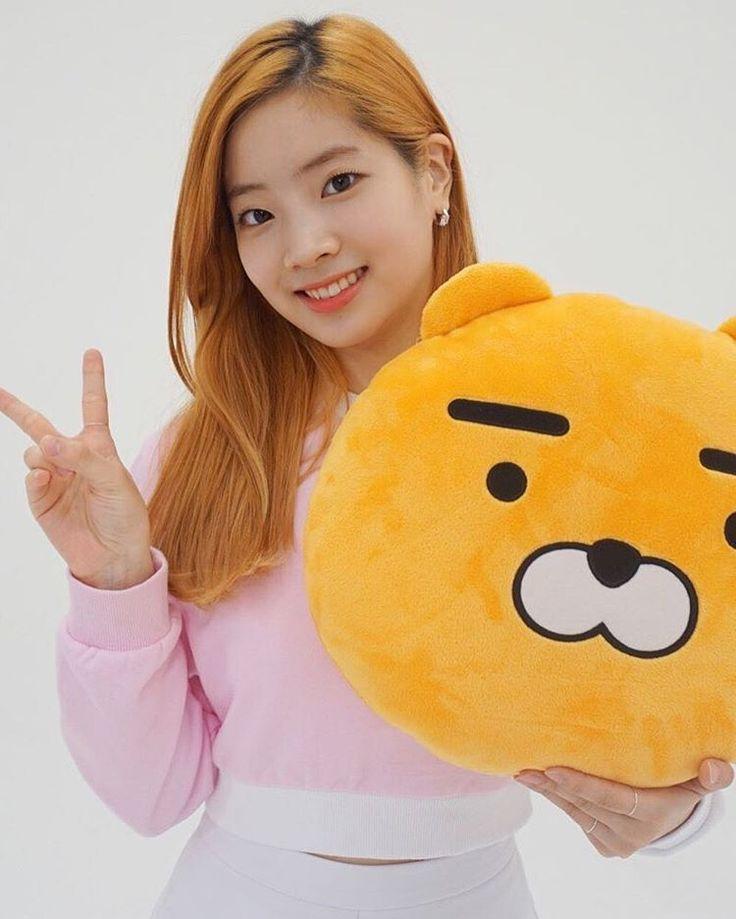 161026Dahyun ; Twice x Kakao. Morning [#dahyun #다현 #sixteen #twice #트와이스 #once #jyp #jype #girlgroup #kpop #love #cute #eagle #f4f #likemore #nayeon #jihyo #sana #tzuyu #momo #jungyeon #mina #chaeyoung #girl #selca #tbt #twicejjang #prettydahyun]