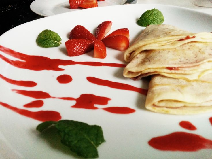 Homemade crepes, you can make easily following the step by step instructions below. Homemade pancakes whenever you feel like having some. Doesn't it sound fab? Are you familiar with the situation when you are on holiday, walking on the beach barefoot and wait for the sunset. Suddenly, you smell the delicious crepes and just can't ... [Read more...]
