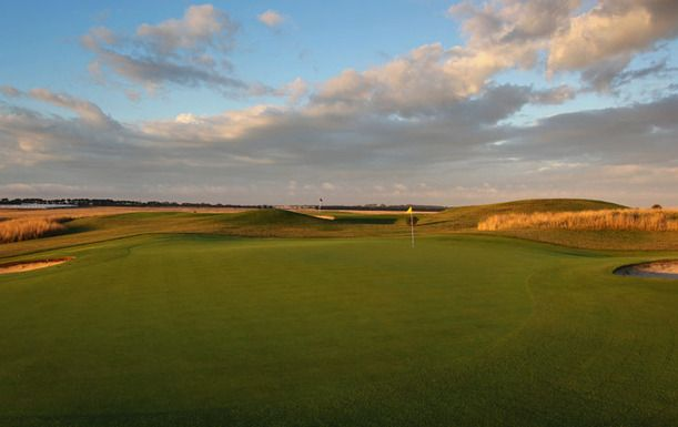 Golf Stay & Play package at the Premium Resort Peppers The Sands Torquay. Includes 1 Nights Stay, Hot Breakfast, 18 Holes of Golf for Two in a Motorised Cart and much more. Normally $554, this offer $299! #golf #Melbourne  http://crazygolfdeals.com.au/deal/victoria--2/stay-play-for-two-at-the-premium-resort-peppers-the-sands-torquay?affiliate_code=twitter&utm_source=twitter&utm_medium=cpc&utm_campaign=twitter