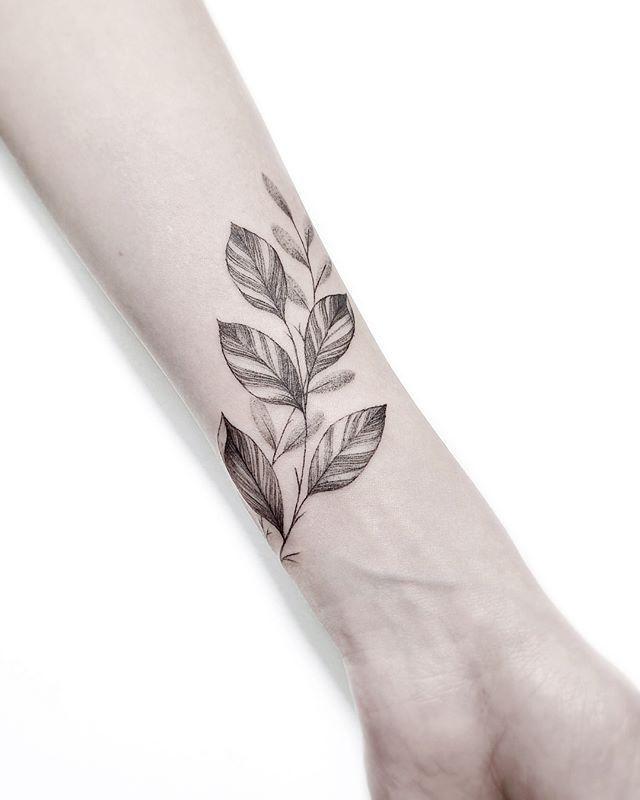 Wrap Around Arm Tattoo : around, tattoo, Around, Tattoo, Tattoo,, Wrist, Tattoos,, Minimalist