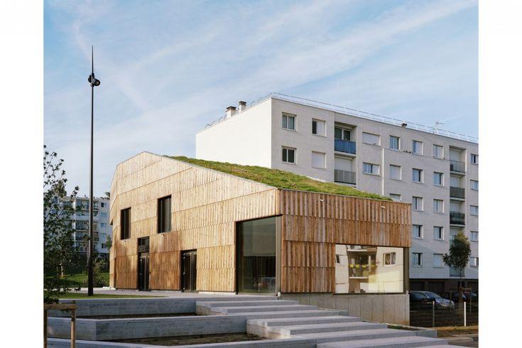 Centre socioculturel 'Christian Marin' I Limeil-Brévannes I passivhaus, biosourcé niveau 3, par Guillaume Ramillien Architecture SARL