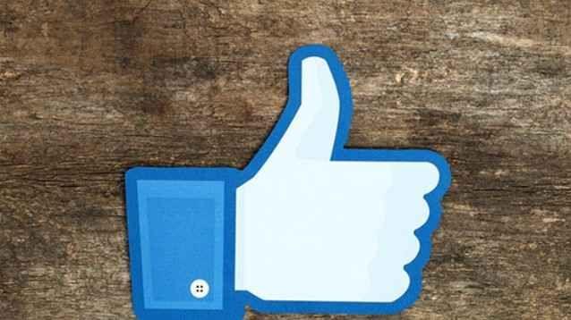 Facebook: in arrivo un programma fedeltà, gli argomenti da seguire, ed i video originali Sono proprio curioso di vedere quali contenuti originali sfoggerà Facebook, e se - grazie ad essi - riuscirà a competere con Netflix: in ogni caso, più aumenterà la concorrenza, e meglio sarà per l'u #facebook #video #topics #coupon