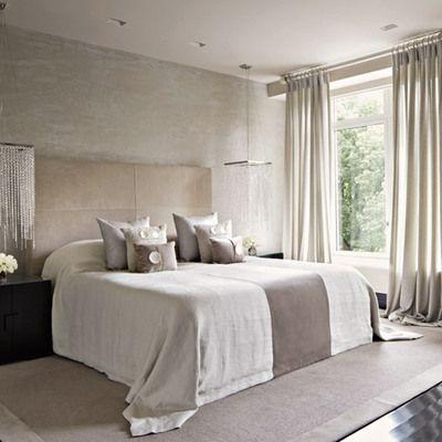 cortinas beige en el dormitorio
