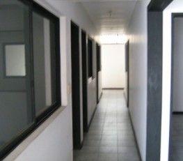 BI68226 - Microcentro  -  CABA. Edificio Apart HTL más local en PB. Sup. cub. : 900 Mts2 aproximadamente Subsuelo y PB: Local comercial. del 1ro. al 7mo. piso apart ( 20 unidades ) Ascensor modelo de última tecnología, cabinas en acero y piso de granito. Edificio con portero visor. Iluminación especial con luces dicroicas. Local de 5 x 15 mts. La dirección exacta se dará ante la instancia de visita.