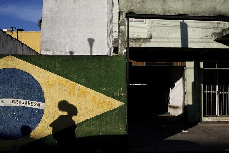 Gustavo Minas - Street Photographer from Brazil - 121Clicks.com