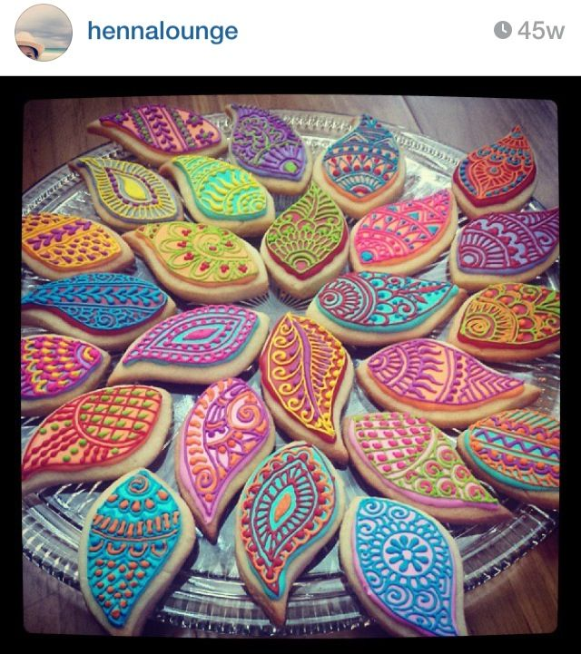 Plate Decoration For Gaye Holud: Henna/Mendhi Inspired Cookies Perfect For Your Gaye Holud
