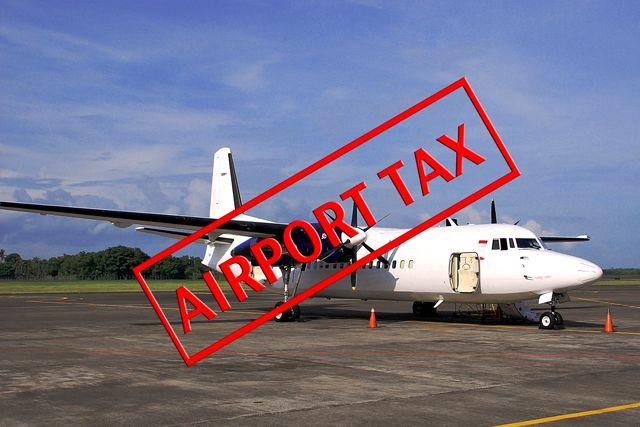 Аэропортовый сбор – это налог, являющийся обязательным как для местных жителей, так и для иностранцев, которые покидают страну или регион местными или международными авиалиниями. Количество налоговых расходов аэропорта изменяется в соответствии с местными правилами аэропорта. Этот налог должен быть оплачен перед отъездом. Оплата производится наличными.