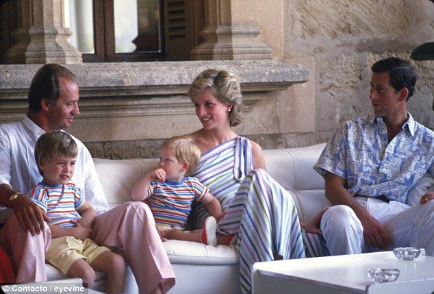 Regal: The king with Diana, Charles and the princes in 1986 at the king's summer palace in...