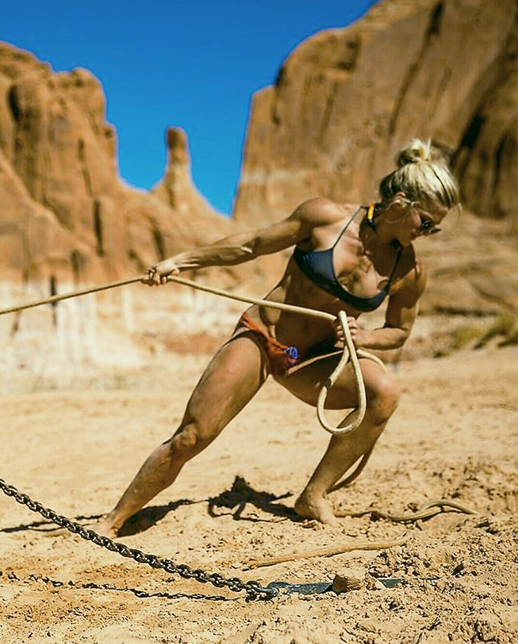 onlyfitgirls: Brooke Ence by @marzmedia photography