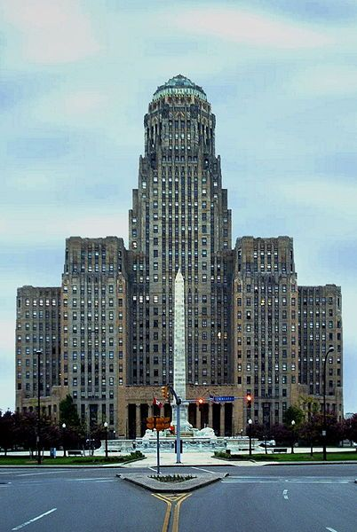 City Hall of Buffalo, New York, an art-deco building.