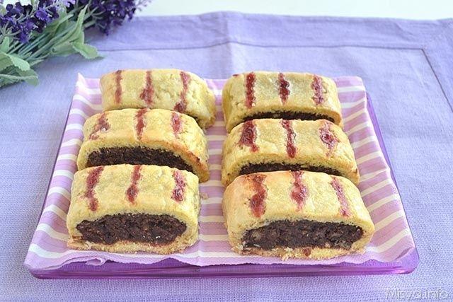 Ricetta dei biscotti all'amarena napoletani