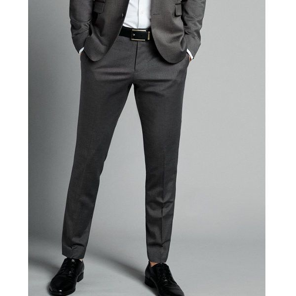 Express Skinny Innovator Charcoal Gray Wool Blend Oxford Suit Pant ($128) ❤ liked on Polyvore featuring men's fashion, men's clothing, men's pants, men's dress pants, grey, mens skinny pants, express mens dress pants, express mens pants, mens gray pants and mens super skinny dress pants