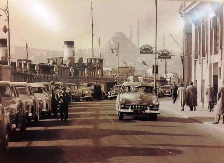 Karaköy 1950'lerin ortaları İstanbul @hayalleme pic.twitter.com/baflKuawxY