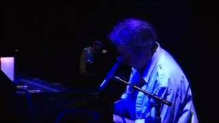 Neil Young - Philadelphia. No words.