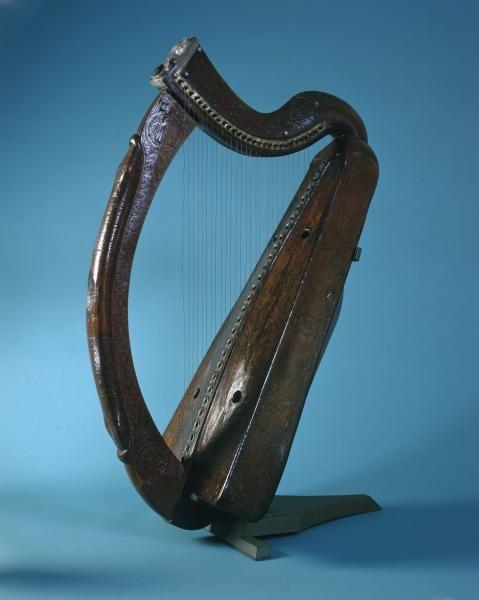 The Brian Boru Harp   Battle of Clontarf