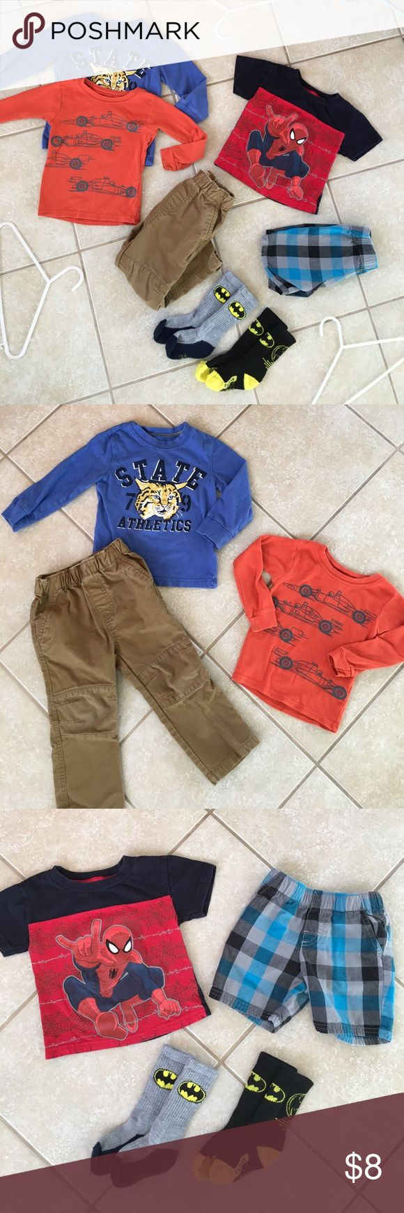7pc. Toddler Bundle size 2T 7pc. Boys bundle for Toddlers size 2T. Includes: 2 long sleeve tees, 1 short sleeve tee, 1 pair thick utility pants, 1 pair shorts, and 2 pairs Batman socks. Everything in excellent condition. Comes from smoke free home. Check out my closet for more children's items to bundle and save! Matching Sets
