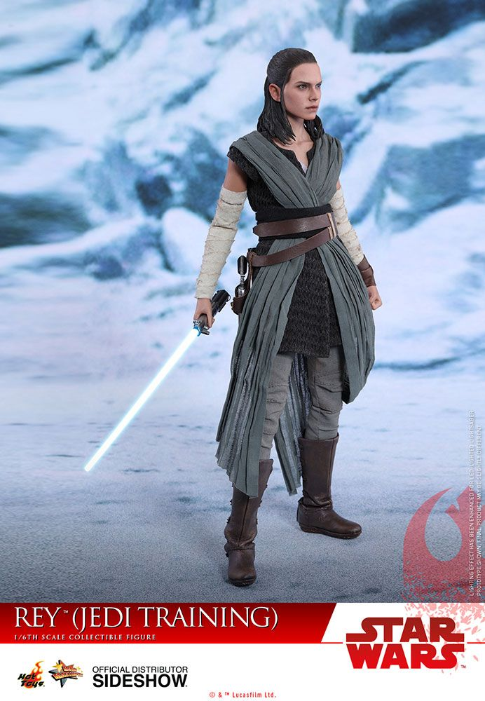 Star Wars Rey Jedi Training Sixth Scale Figure by Hot Toys | Sideshow Collectibles