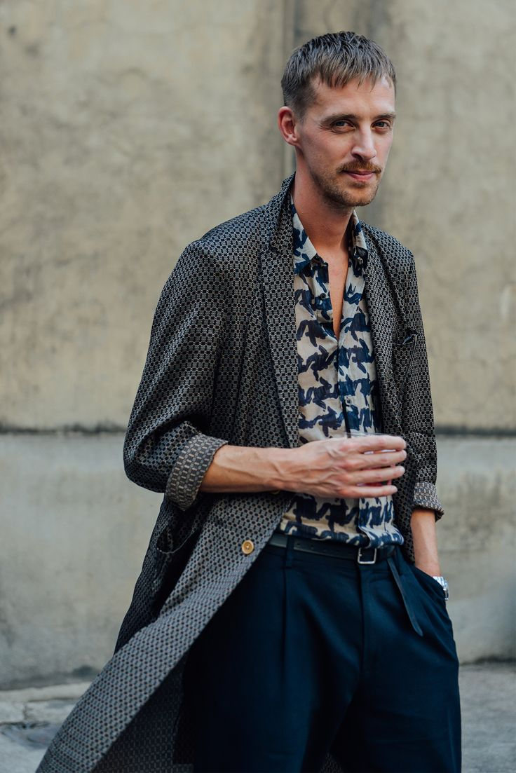 I like how you can kind of see things in that houndstooth print. Like an ink blot. I see a bunny! //Tommy Ton's Best Street-Style Pics From the Men's Shows