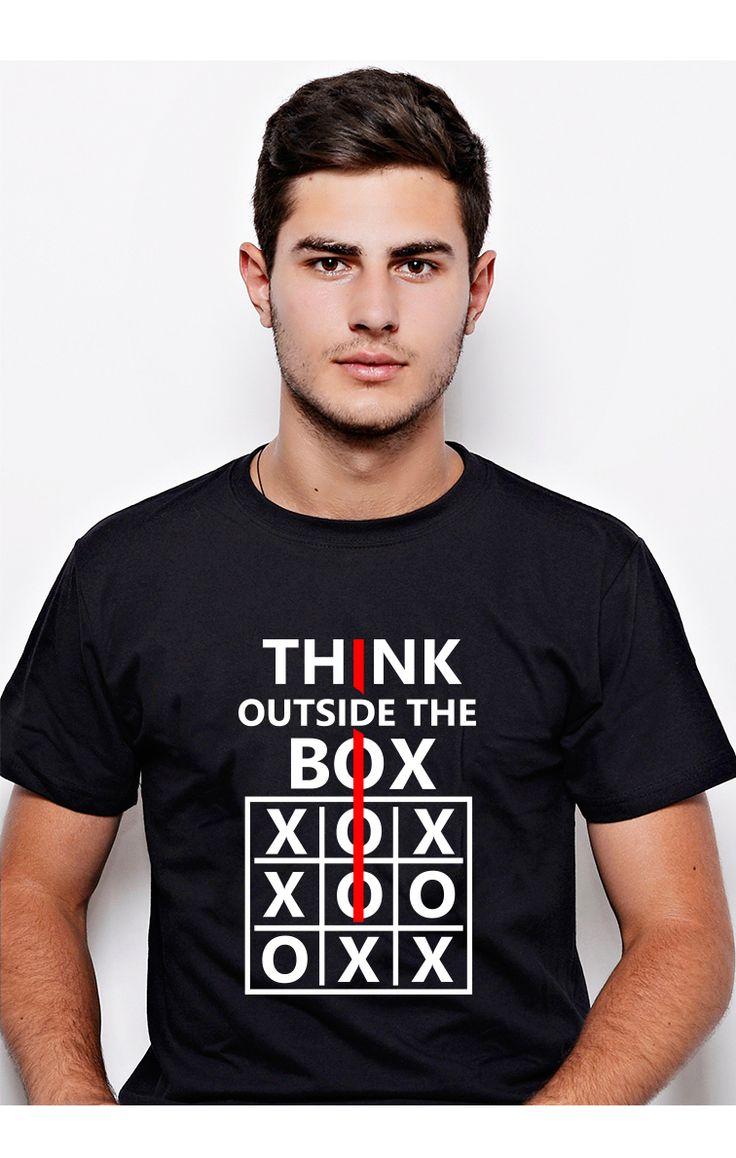 """Think Outside The Box! Tricou #ruvix pentru """"ăia inteligenți""""!  Comandă aici -> http://ruvix.ro/produs/tricou-think-outside-the-box/"""