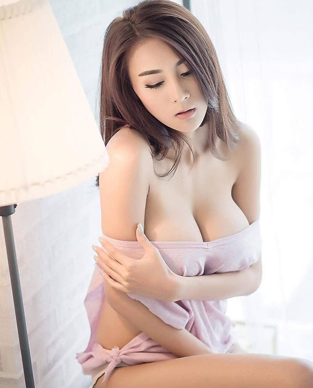 PLAYBOY Bunny 2015, Bunny Aumboon : Follow her at @aumboon_x . . #repost #regram #playboy #2016#playboythailand #bunny #playmate #playgirl #thaibunnies #thaigirl #girl #Teddy #pink #สาวสวย#cawaii#bikini#pink#สวย #cute .