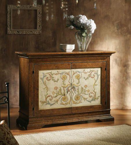 Credenza-in-legno-massello-finitura-abete-spugnato-decorata-a-mano-mobile-sala