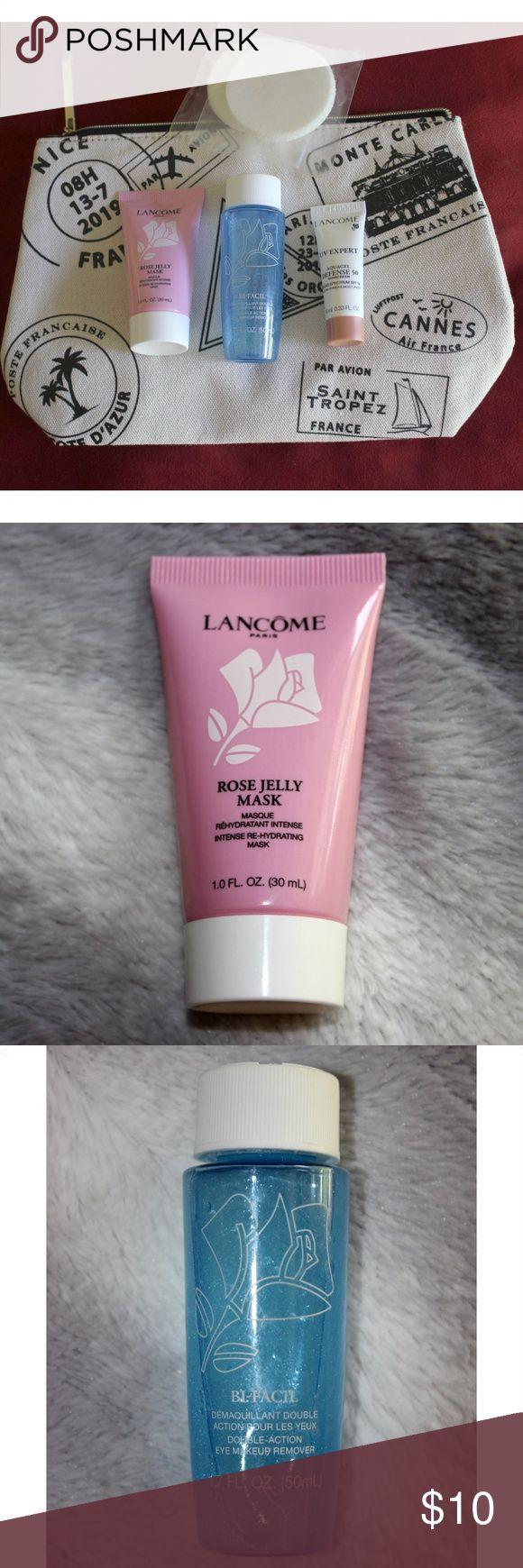 NWT Bundle Large makeup bag, Makeup sponge,