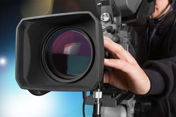 Veteran camera operator dies on set of Netflixdrama