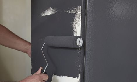 Repainting laminate cupboards - step by step from Bunnings, includes tools required