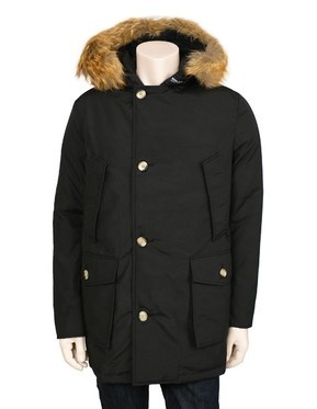 17 best images about woolrich arctic parka on pinterest parka men fashion and fur trim. Black Bedroom Furniture Sets. Home Design Ideas