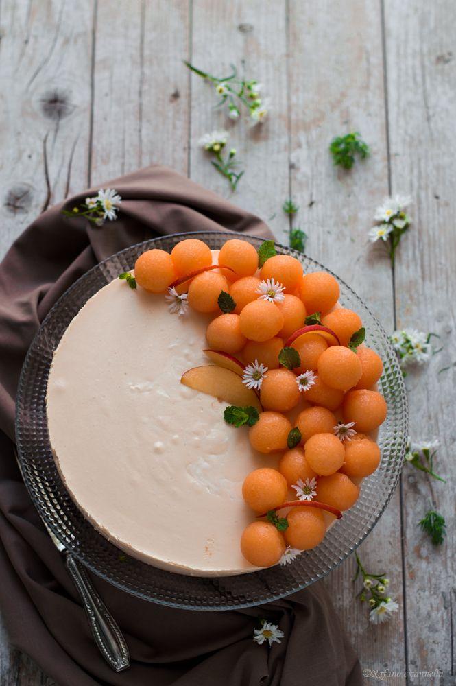 Cheesecake al melone... deliziosa! #gialloblogs #rafanoecannella #foodphotography http://blog.giallozafferano.it/rafanoecannella/cheesecake-al-melone/