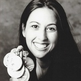 Janet Evans is an author, motivational speaker, and one of the greatest distance swimmers of all time. The 4-time #Olympic gold medalist is also a wife and mom to two beautiful kids! Interested in booking Janet Evans for your next #event? Contact @EaglesTalent by calling 1.800.345-5607 or visiting www.eaglestalent.com.