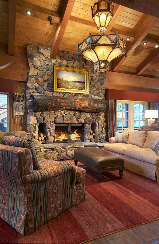 Statement chandeliers a collection of home decor ideas to for Log cabin chandelier