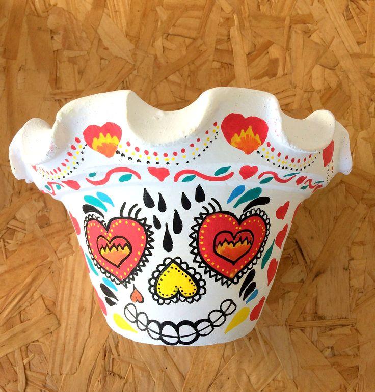 Concepção de Vaso caveira mexicana branco coraÃões e preço http://ift.tt/2jMEmmc
