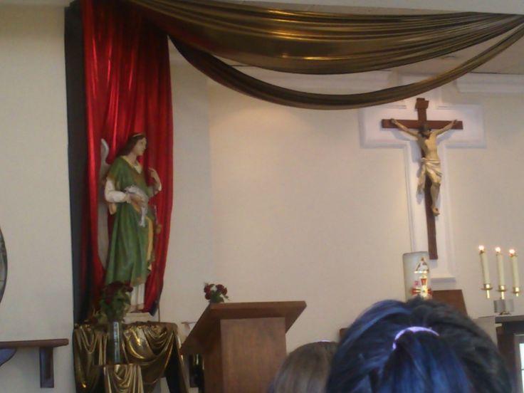 Milagro!!! en la Hora Santa Parroquia San Rafael Arcángel