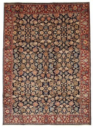 Moud carpet 300x218/This carpet is knotted in northeastern Persia. The carpet often has the Herati-pattern with or without medallion and usually with blue or white nuances in the bottom colour. The quality of the carpet is very good and they are considered to be a good investment in the long run.