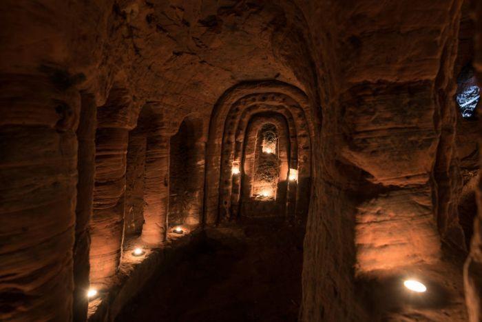 Кроличья нора 700 лет скрывала за собой вход в пещеру тамплиеров (7 фото) | Екабу.ру - развлекательный портал