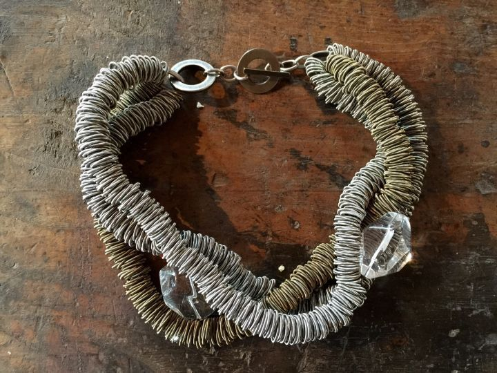 Monica Trevisi necklace. Thanks to Miss Claire >> http://www.missclaire.it/hand-made/monica-trevisi-artigianato-e-design-contemporaneo/