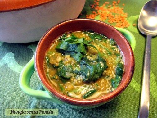Zuppa lenticchie spinaci e quinoa,