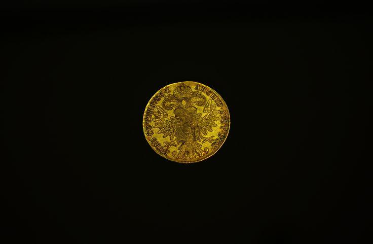 Pri príležitosti 300. výročia narodenia Márie Terézie pripravila Národná Pokladnica a SNM-Historické múzeum numizmatickú výstavu na Bratislavskom hrade
