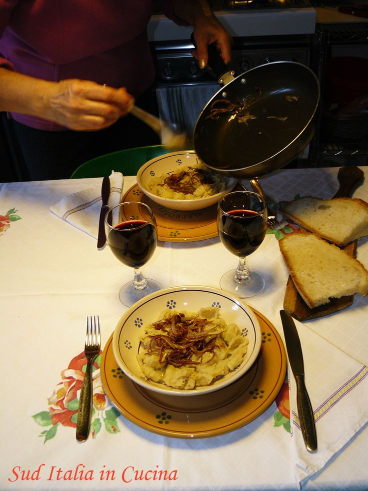 Pasta con le Fave (Past e'Fav) - http://cucinasuditalia.blogspot.it/2008/01/pasta-con-le-fave.html