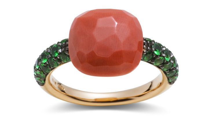 POMELLATO Capri ring in rose gold, with coral and tsavourites.